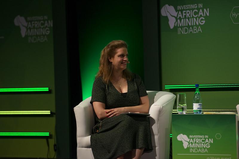 2020 Mining Indaba_WIM Panel Session_Group Shot_WIM Moderator Elizabeth Johnson_LR